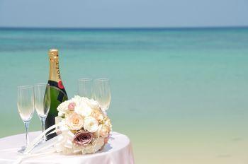 海とシャンパン